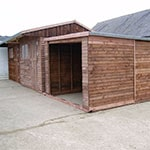 J23-stable-with-garage